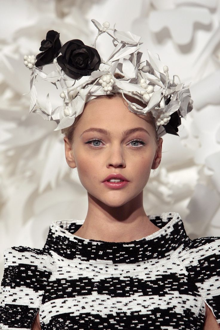 Sasha Pivovarova, chanel, model, russian, haute couture, runway, Via: Flowers of Youth