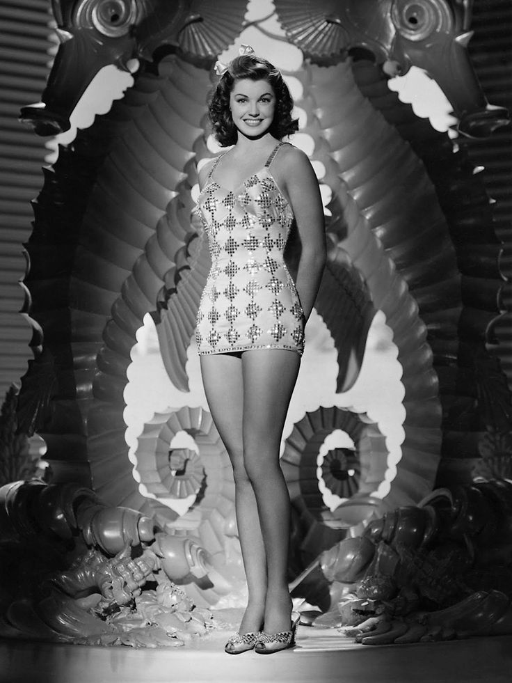 Esther Williams, 1944.