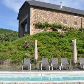 Een karakteristiek vakantiehuis in Frankrijk vind je bij Cazebonne. Kijk op onze website voor meer vakantiehuizen en villas in Frankrijk.
