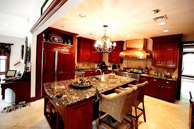 i do love Caroline Manzo's kitchen...