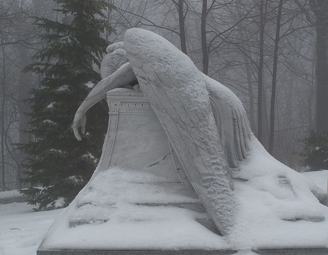 Notre Dame des Neiges, Montréal... by Fransois.... #angel #snow ... and there is one just like this at the Gettysberg memorial in Pennsylvania...