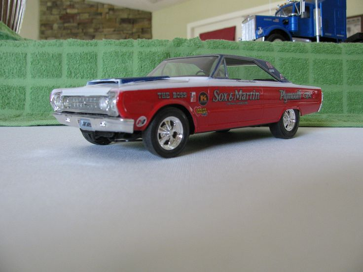 Sox Martin 67 Plymouth Gtx Plastic Model Car Kit In 1 25 Scale