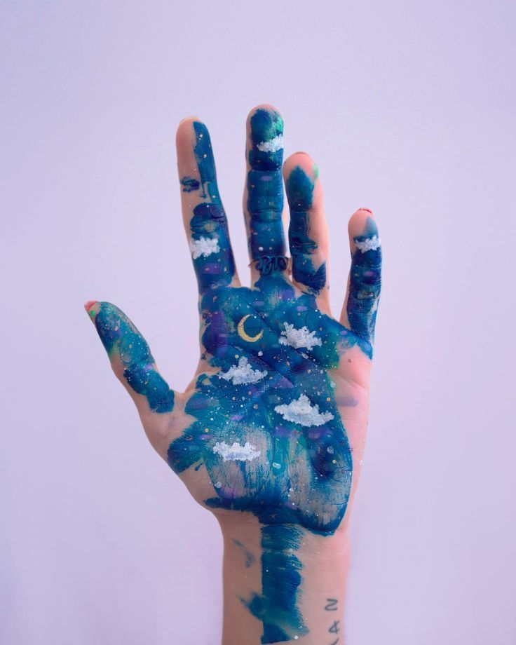 Natacha Birds Contact Bodypainting Natacha Birds Contact In 2020 Body Painting Hand Art Body Art Painting