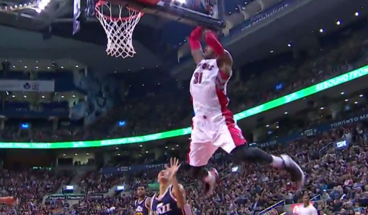 Terrence Ross Finishes Sick Alley-Oop (VIDEO)