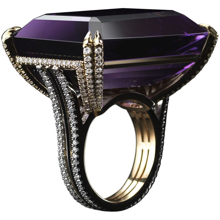 Alexandra Mor Alexandra Mor - Anello one-of-a-kind in platino e oro con ametista emerald-cut di 67.81 ct. e diamant  - See more at: http://www.vogue.it/vogue-gioiello/shop-the-trend/2015/02/gioielli-ametista-viola#ad-image