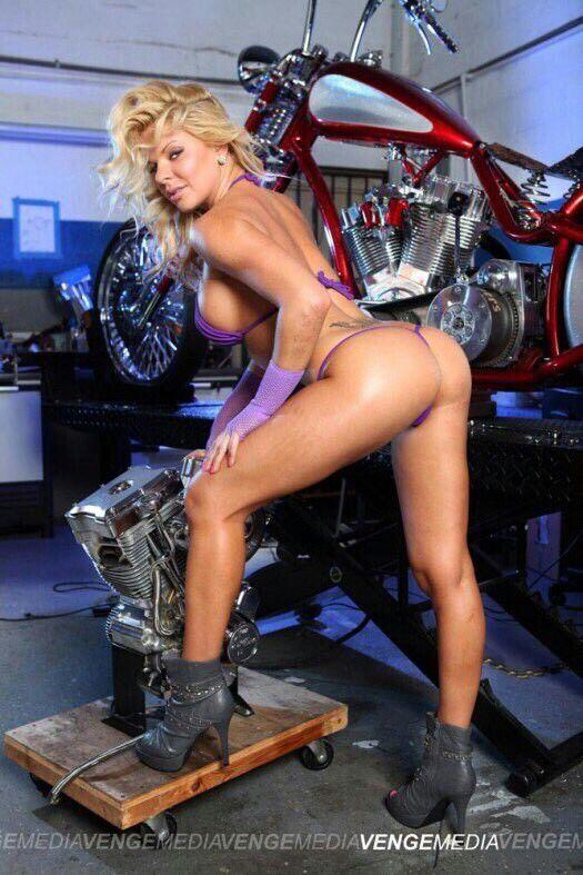 ragazza del motociclista