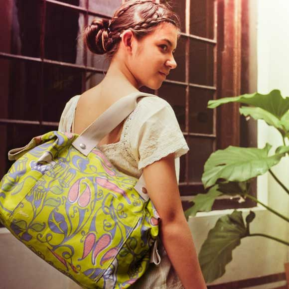 The Club Tote: Luca Print in Green Lime