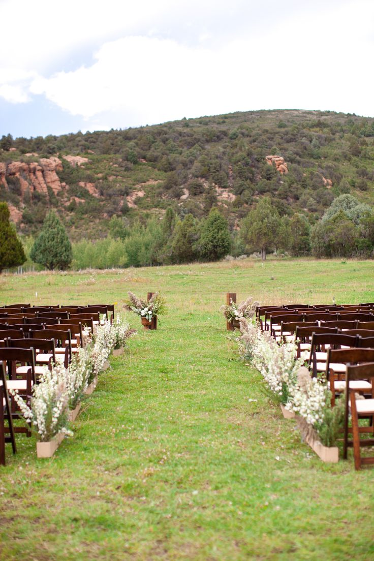 Lizzy Pat Wedding Featured On Martha Weddings Red Cliff Ranch Erin