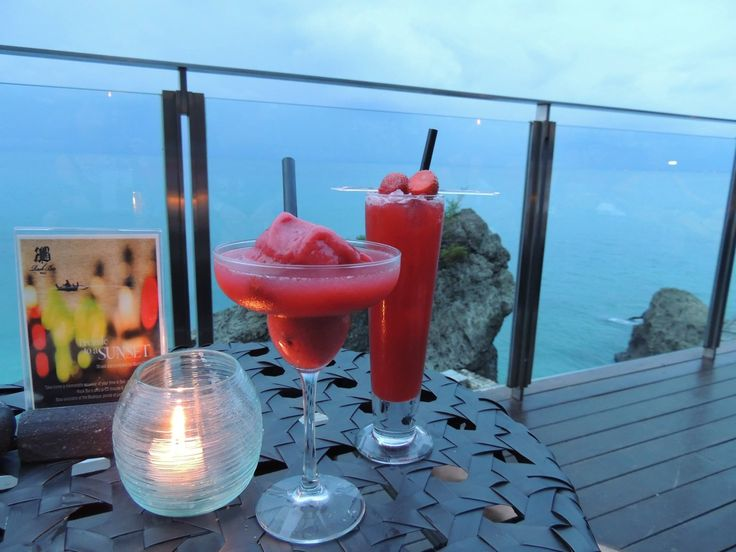 This bar is amazing. It's built on the side of a cliff and u need to take a carriage down the side of the cliff to access. The cocktails are awesome even the ones I didn't like I liked.