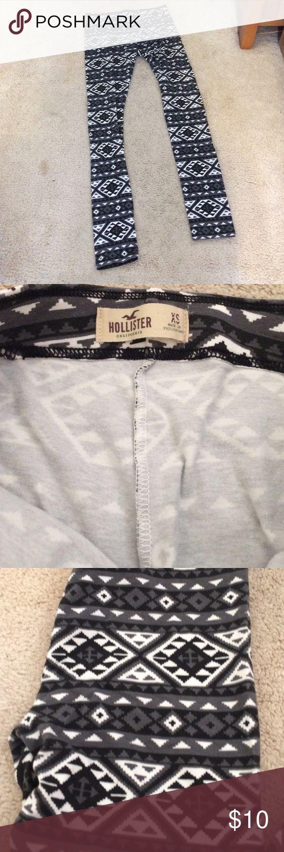 Hollister XS tribal print leggings Hollister XS tribal print leggings Hollister Pants Leggings