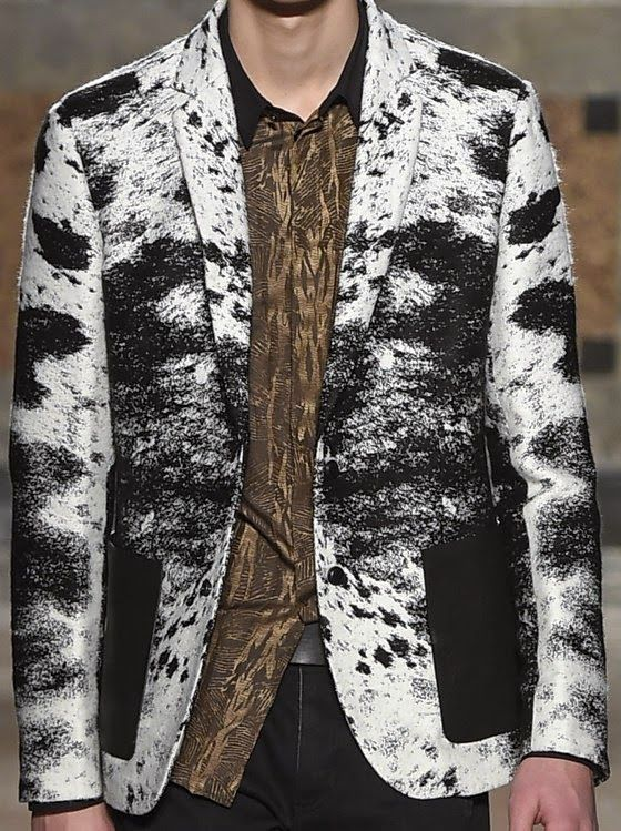 patternprints journal: PRINTS, PATTERNS AND TEXTILE SURFACES FROM MILAN CATWALKS (MENSWEAR F/W 2015/16) / Roberto Cavalli