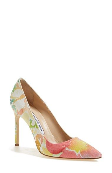 Vivid watercolor patterns add impeccable artistic flair to a quintessential single-sole pump.