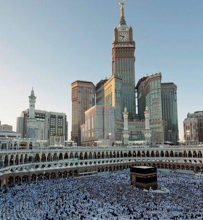 KHUTBAH IEDUL ADHA 1436 H (2015 M): Khilafah Mewujudkan Ketaatan dan Persatuan Umat