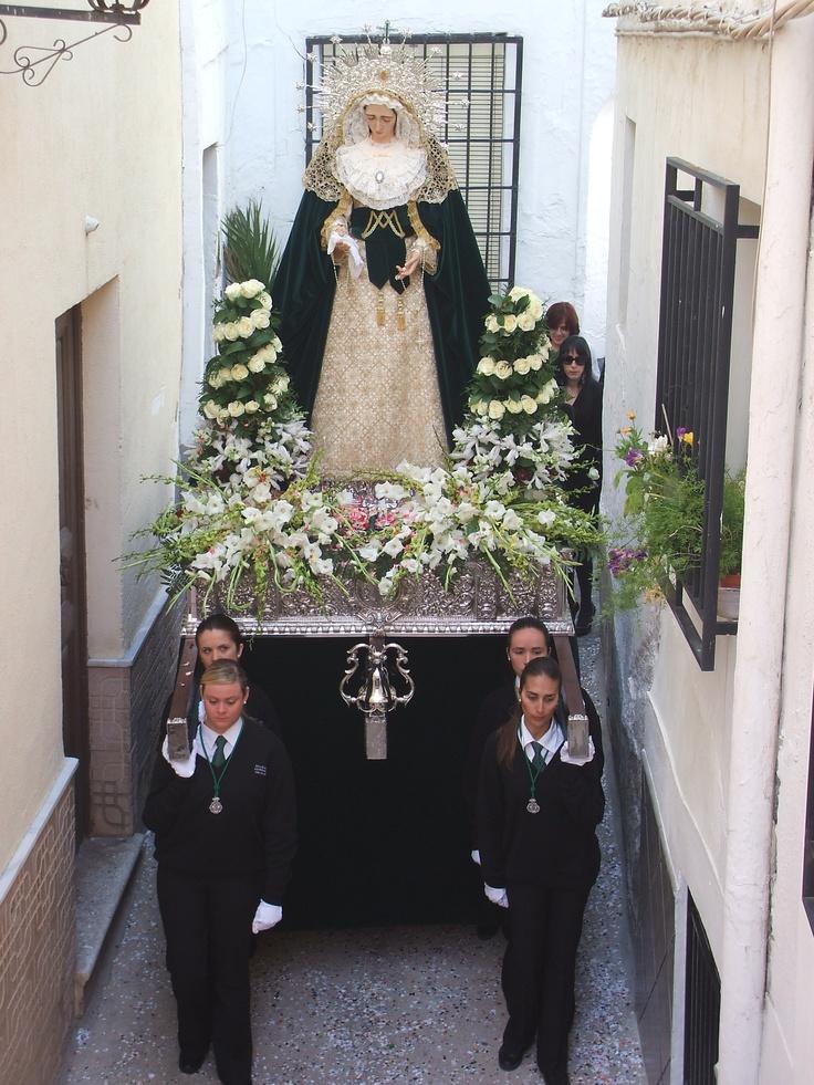 Ya queda poco para la Semana Santa. Procesión de la Virgen de la Esperanza. Alboloduy. Alpujarra. Semana Santa