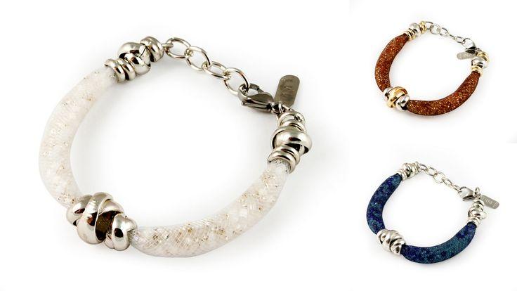 bransoletka Ermione - wykonana z siateczkowej rurki, wypełnionej mieniącymi się drobnymi koralikami.