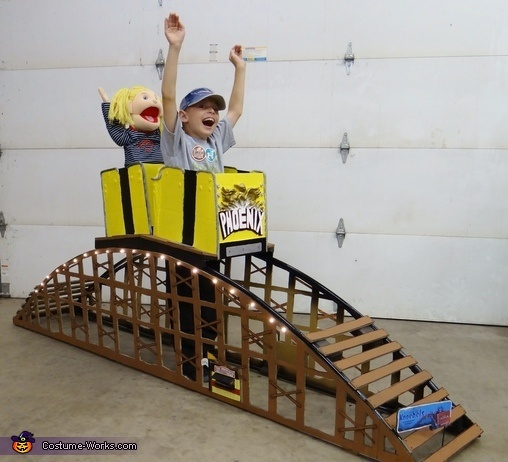 The complete costume. Riding a Roller Coaster - Homemade costumes for boys