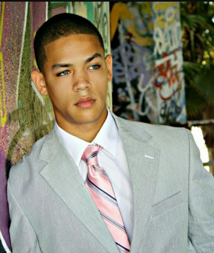 Jeremy Carver Young Luscious Lyons On Empire African