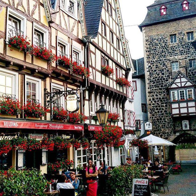 Linz Am Rhein, Rheinland-Pfalz, Germany    @theplussizeblog
