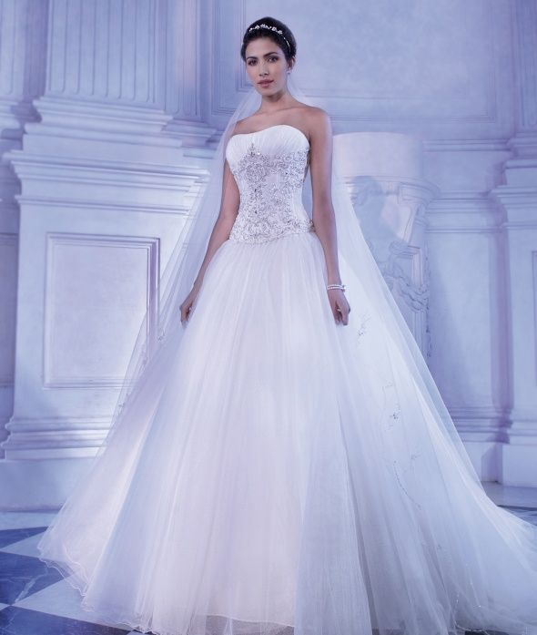 Young Sophisticates Style 2871 by Demetrios