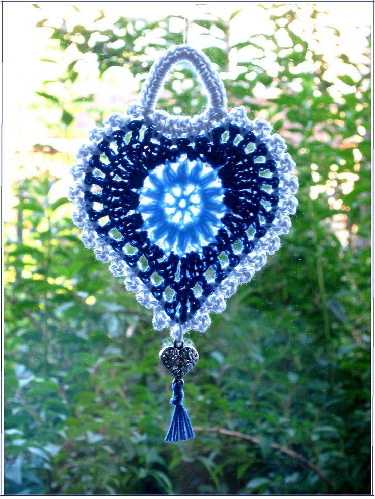 Grandma's Heart - free pattern PDF by Carola Wijma