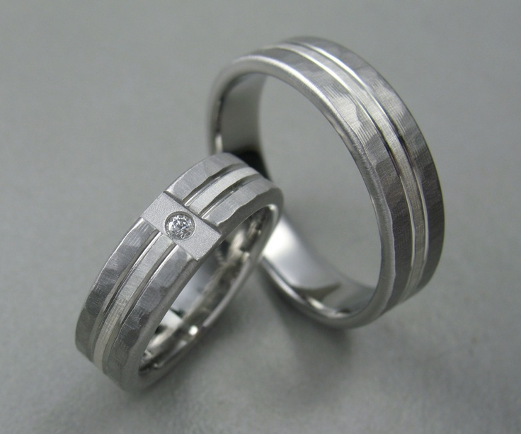 Wedding Ring Set Hammered Titanium Diamond