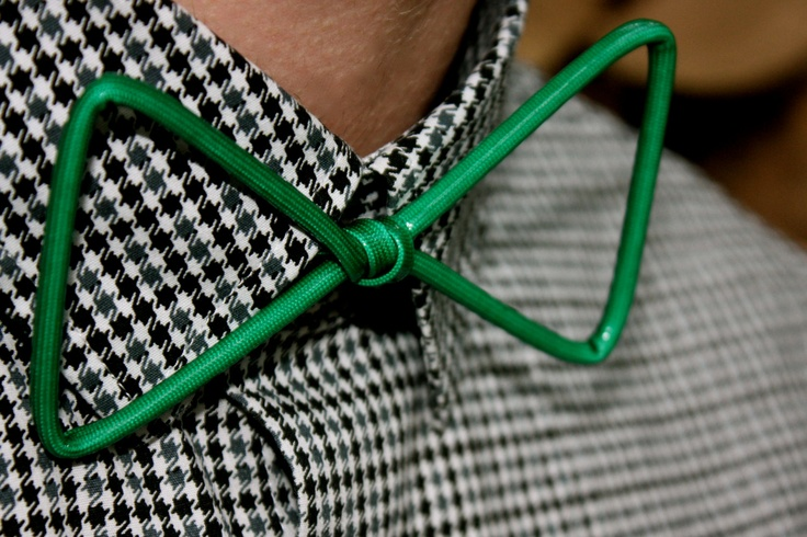 Funk it up. Thin Green Wire Bow-Tie. $20,00, via Etsy.