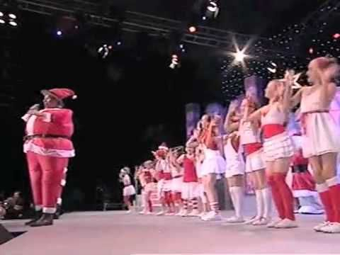 Carols in the City 2009 - Colin Buchanan and Santa - YouTube