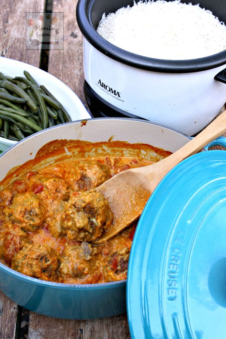 Perfectly spiced and slowly simmered in a creamy tomato curry sauce is this delicious braised meatballs. A tried and tested well-loved recipe on our blog. #yummy #braised #meatballs #curry #sauce #frikadelles #frikkadels