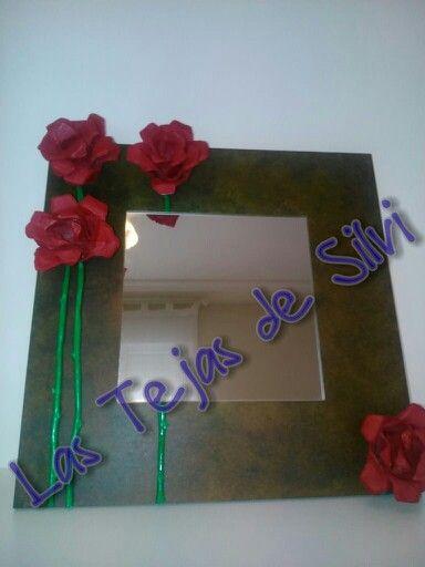 Espejo decorado a mano rosas y espinas espejos - Como decorar un espejo sin marco ...