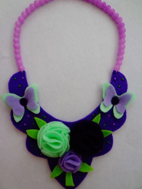 felt necklace
