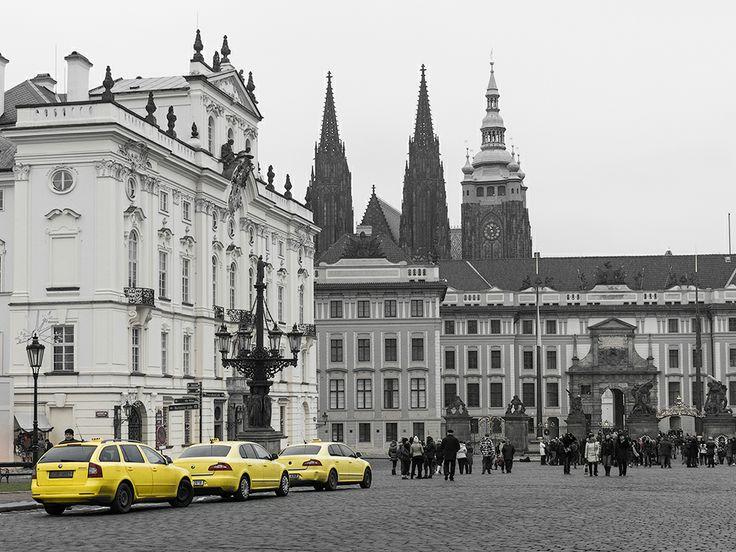 žlutý taxik