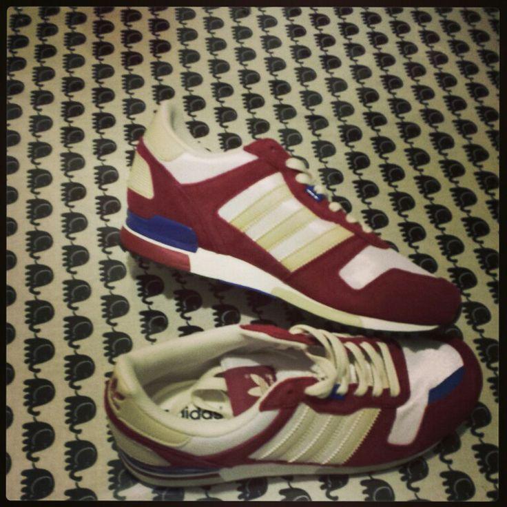 Adidas XZ 700M