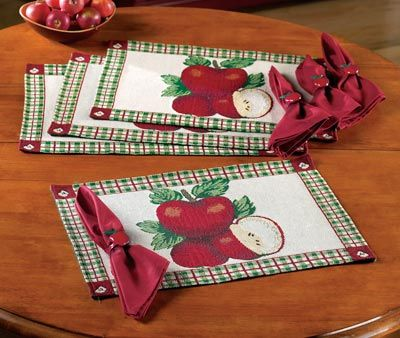 place mats and matching and napkin rings | Apple Decor Placemats, Napkins, and Napkin Rings