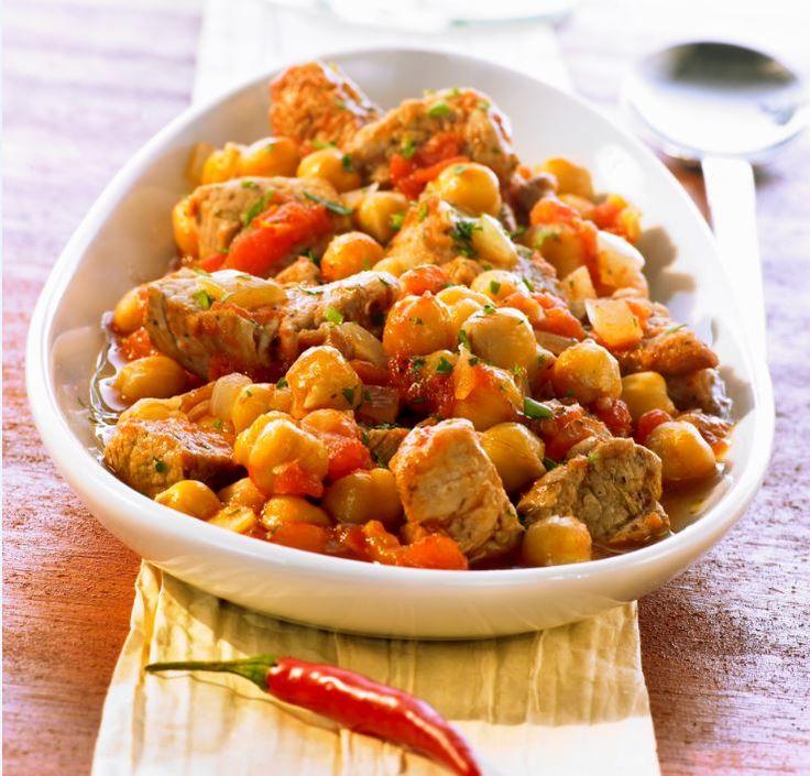 Pikáns csirkemell burgonyával, egyszerű fincsiség amit könnyen elkészíhetsz egy fárasztó nap után