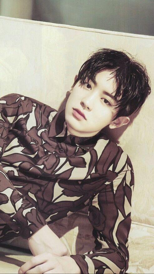 Park Chanyeol : sent a photo
