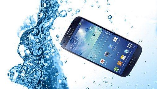 Mau Handphone Waterproof? Yuk Pelajari Spesifikasinya
