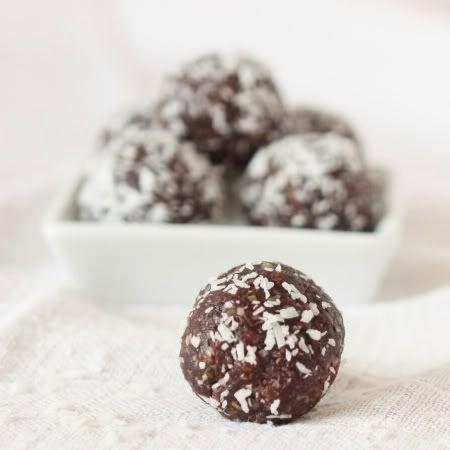 Texanerin Baking: Chocolate Protein Truffles