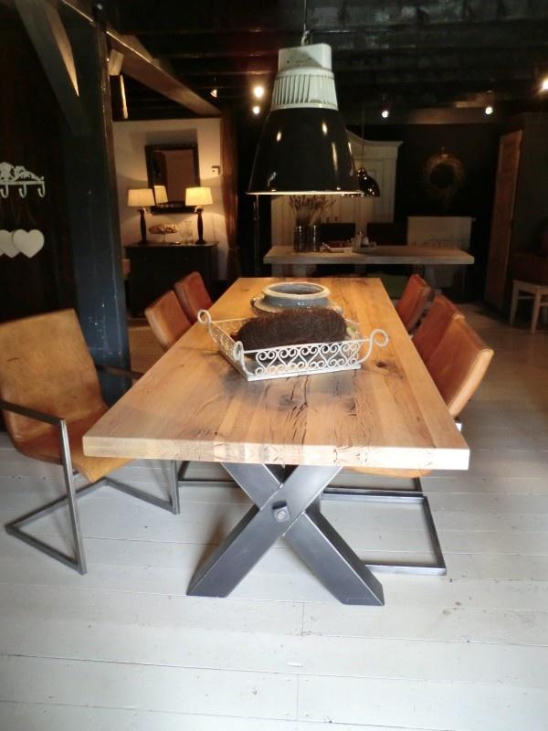 "Industriele tafel ""Kansas"" | Tafels | Old Wood"