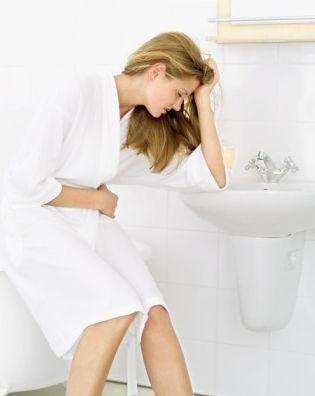 NAUSÉES DURANT LA GROSSESSE. Les nausées pendant la grossesse peuvent être contrôlées par l'acupuncture. Ces nausées si désagréables, qui entachent ce moment privilégié qu'est la grossesse, ne devraient pas être tolérées. Quelques traitements d'acupuncture sont souvent suffisants pour éliminer les nausées et vous permettre de profiter pleinement de votre grossesse.
