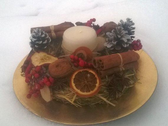 Centrotavola di Natale con candela