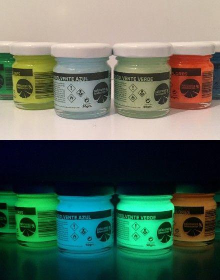 Botes de pintura luminiscente solvente