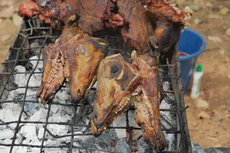 berry dakara, travel, road trip, ibadan, nigeria, africa, tourism, tourist, travel blog, blogger, naija treks, nigerian food, isi ewu, goat meat, goat head, delicacy, street food