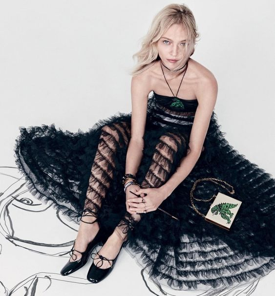 Dior Ready-To-Wear 2018 Spring/Summer campaign