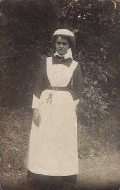 female artist 1915 france - חיפוש ב-Google