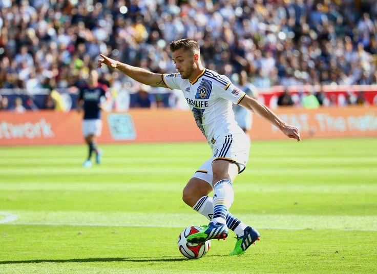 Robbie Rogers promises to be 'extremely flamboyant' at Russia World Cup