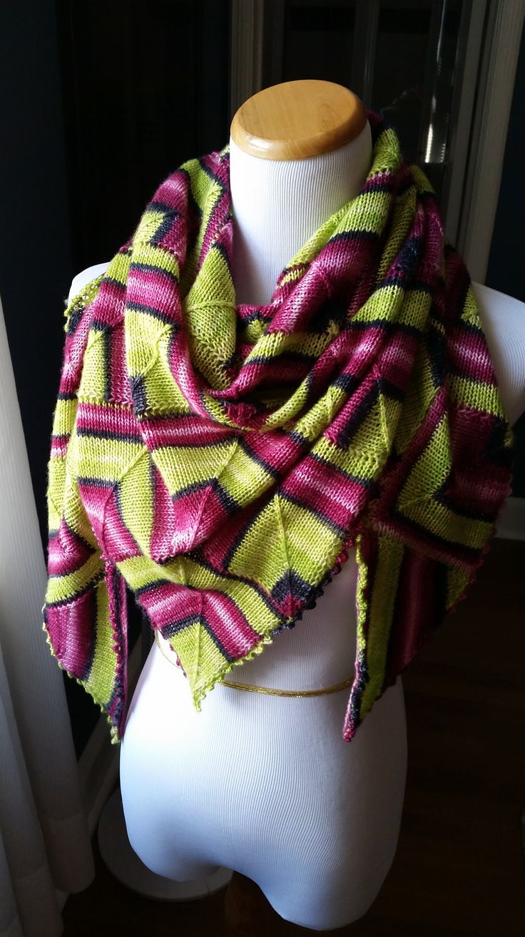 Ravelry: sbnyc's Diamonds are a girl's best friend shawl