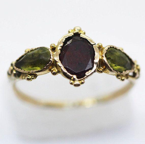 Antiguos georgianos anillo 18k oro granate por BestOldJewelry