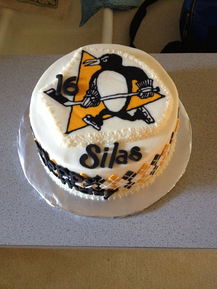 Pittsburgh penguins cake  Cynthia Moore
