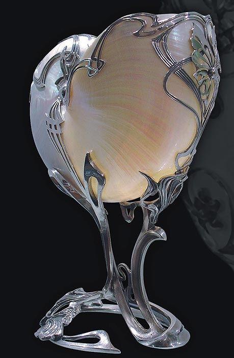 Art Nouveau nautilus