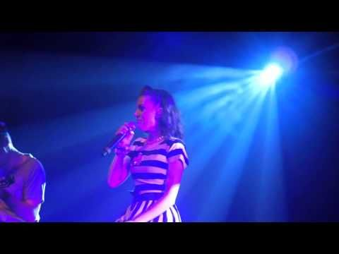 ▶ Cher Lloyd Song For Her Father - YouTube